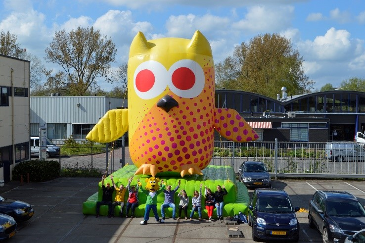 Eule Giant Inflatable
